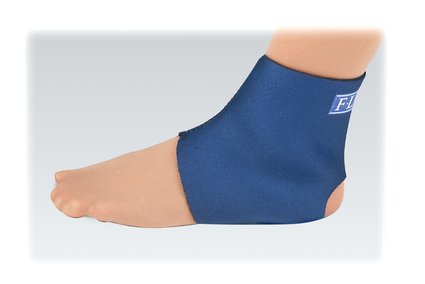 FLA - Safe-T-Sport Neoprene Ankle Support